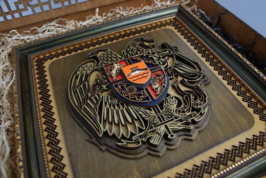 Герб Армении в матовом исполнении фрагмент